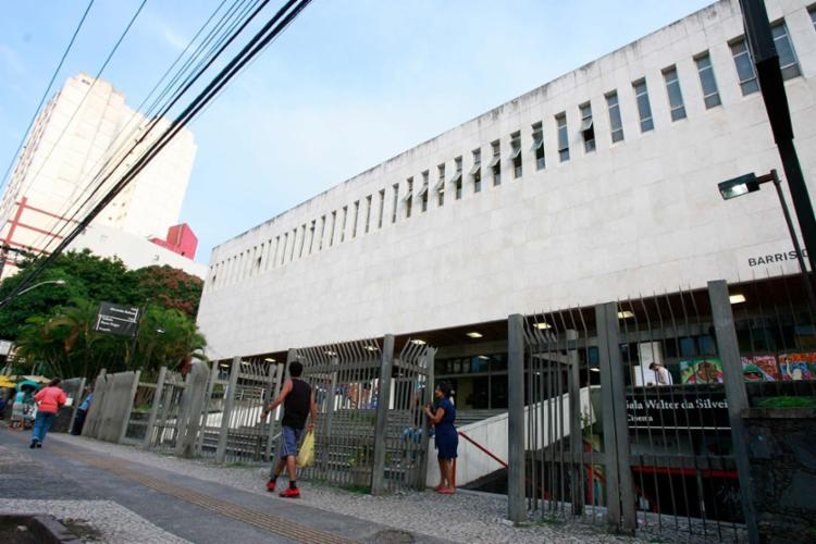 Biblioteca Central do Estado da Bahia fica nos Barris - Foto: Joá Souza   Ag. A TARDE   05.01.2015