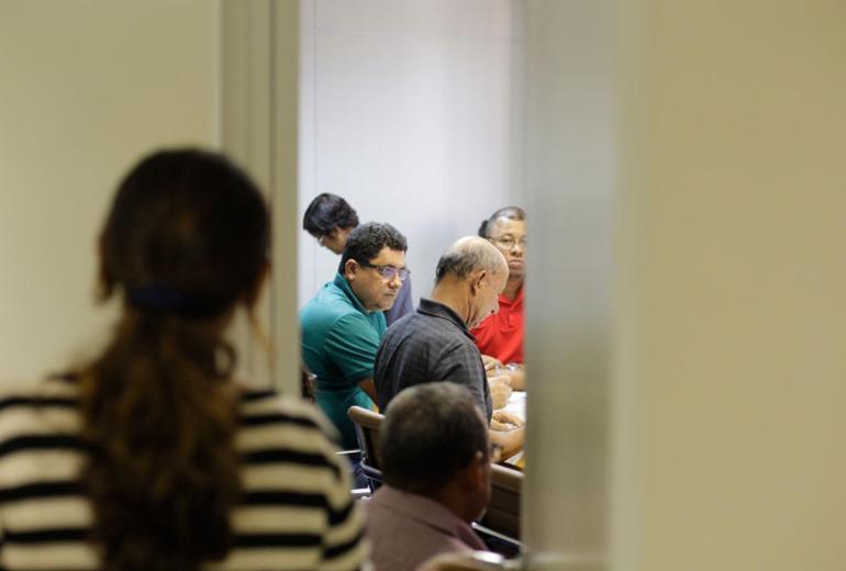Rodoviários de Salvador aceitam reajuste de 5% e greve é suspensa
