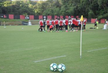 Vitória encara Atlético-MG no Barradão em busca do 1º triunfo
