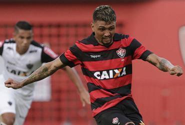 Vitória encerra jejum, bate Galo e conquista primeiro triunfo no Brasileirão
