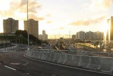 Novo viaduto na Paralela é liberado
