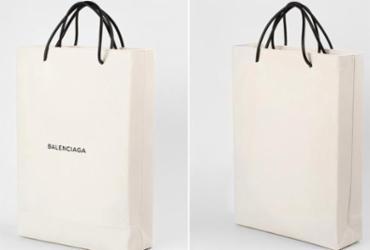 Grife espanhola vende bolsa que imita saco de papel por R$ 3,7 mil