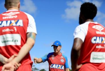 Bahia recebe o Flamengo e tenta voltar a vencer no Brasileirão