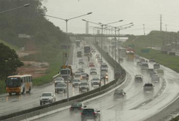 Volta do São João: trânsito continua congestionado na BR-324