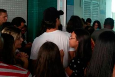 Visitação a navio em Porto de Salvador fecha mais cedo e causa tumulto