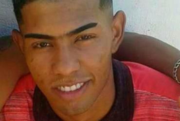 Morre adolescente que invadiu posto de saúde após ser perseguido e baleado