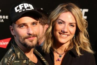 Bruno Gagliasso e Giovanna Ewbank deixam evento em protesto contra Bolsonaro