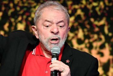 O jogo está indo por Bolsonaro, Alckmin, Ciro e o que Lula mandar | Evaristo Sá | AFP