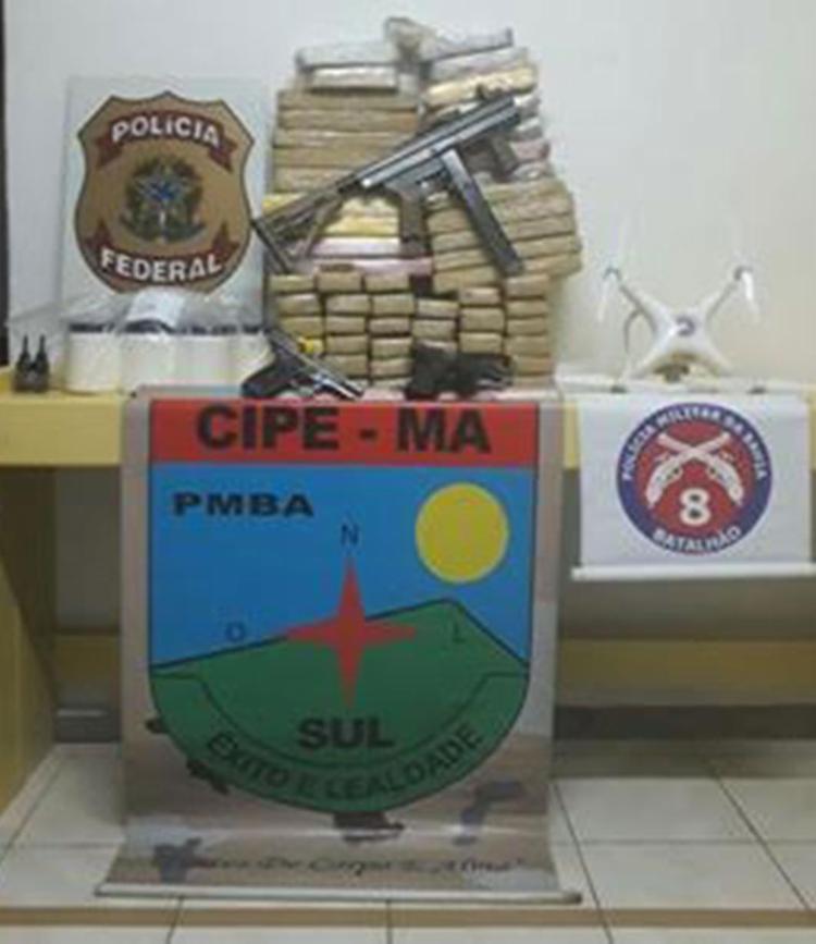 Materiais apreendidos foram encaminhados para a delegacia - Foto: Divulgação | Polícia Militar