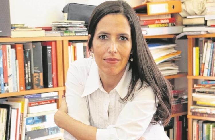 A jornalista Josélia Aguiar é a curadora do evento literário deste ano - Foto: José Serra / Divulgação