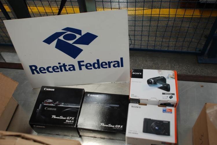 Carga era de máquinas, smartphones, computadores e outros itens - Foto: Divulgação | Receita Federal