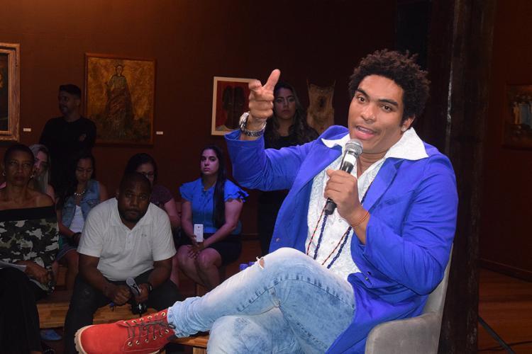 Artista conversou com a imprensa nesta quarta-feira no MAM - Foto: Genilson Coutinho l Divulgação