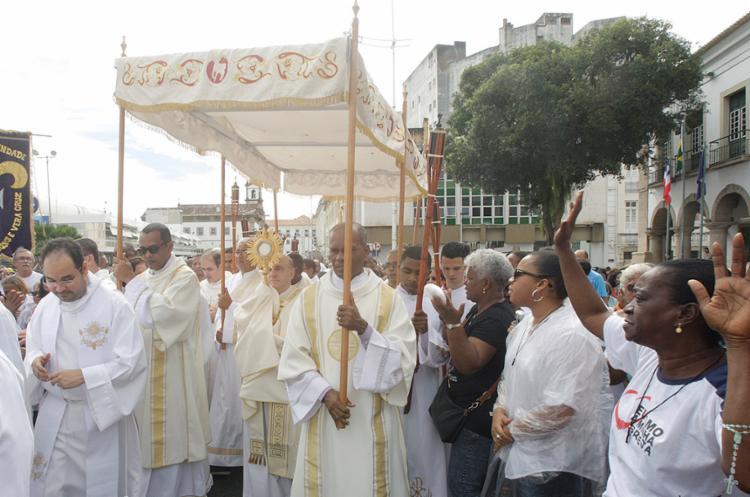 Momento da procissão secular que é realizada todos os anos pelas ruas do Centro Histórico de Salvador - Foto: Luciano da Matta l Ag. A TARDE