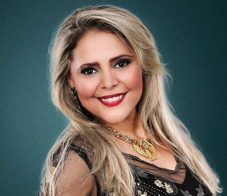Eliza Clívia e o namorado dela, o baterista Sérgio Ramos, morreram num acidente de trânsito - Foto: Reprodução | Facebook