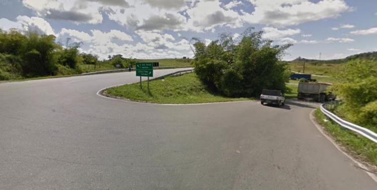 Acidente ocorreu na BR-324, nas imediações de São Sebastião do Passé - Foto: Reprodução | Google Maps