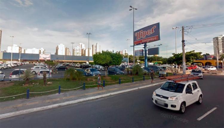 Crime aconteceu na madrugada deste domingo no Supermercado Hiper Bompreço - Foto: Reprodução   Google Maps