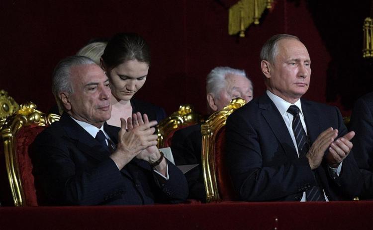 Relatório indica recebimento de 'vantagem indevida' por parte de presidente e ex-assessor Rocha Loures - Foto: Alexei Druzhinin l Sputnik l AFP