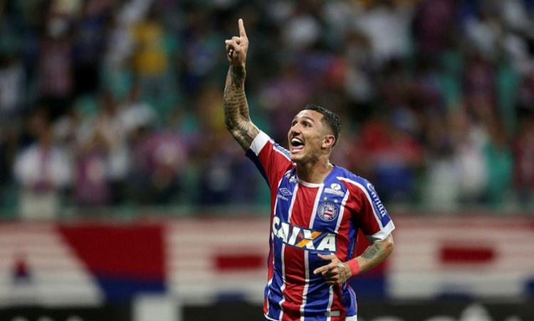 Vinícius diz que o tricolor tem que ter mais calma na hora de fazer gol - Foto: Raul Spinassé | Ag. A Tarde