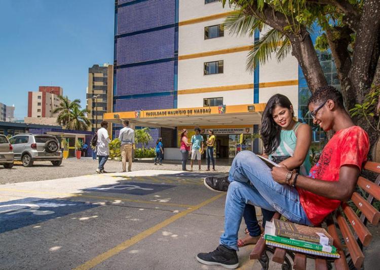 Aulas acontecem na Faculdade Maurício de Nassau, unidade Pituba - Foto: Divulgação