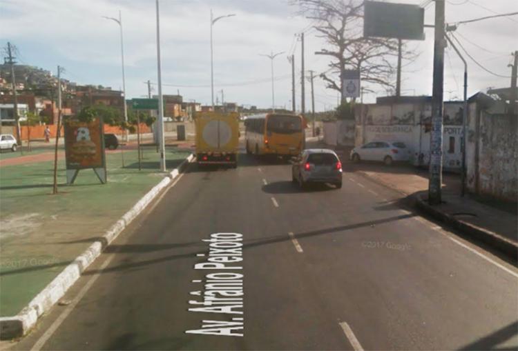O tráfego na Suburbana, sentido Comércio, está complicado, segundo a Transalvador - Foto: Reprodução | Transalvador