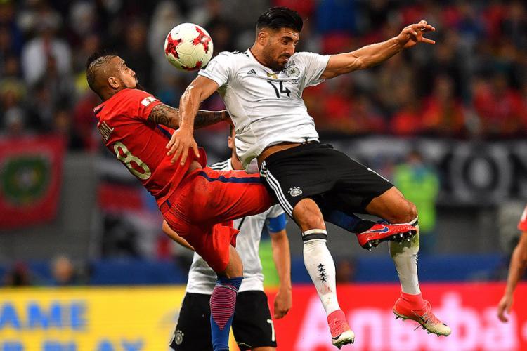 Atuais campeãs do Mundo e da América precisam apenas de mais um empate por classificação à próxima fase - Foto: Yuri Cortez l AFP