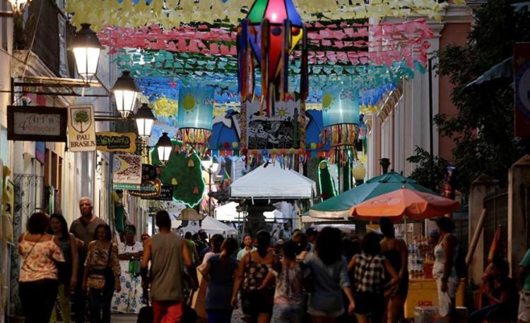A festa no Pelourinho segue para seu terceiro e último dia - Foto: Adilton Venegeroles | Ag. A TARDE