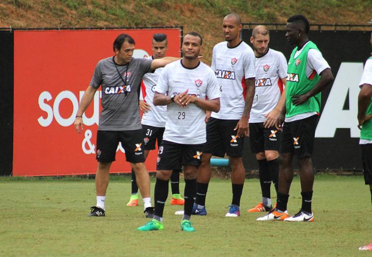 Jogadores fizeram o último treino com Pet no Barradão - Foto: Maurícia da Matta l EC Vitória