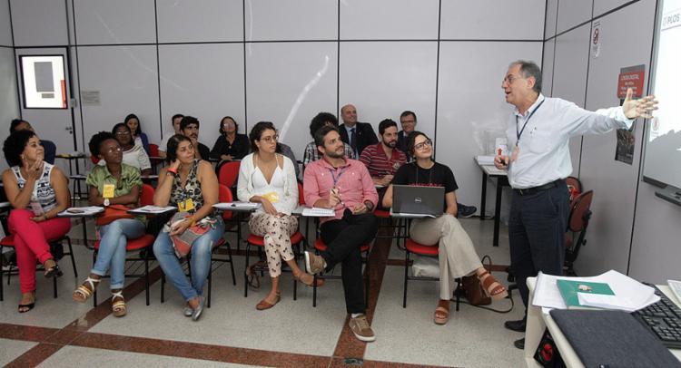 Evento promovido pela organização Médicos sem Fronteiras ocorreu na Fiocruz - Foto: Luciano da Matta l Ag. A TARDE