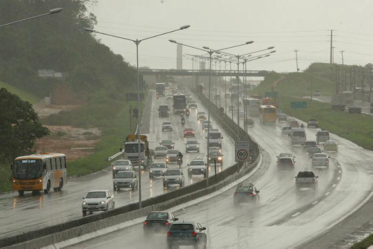 Congestionamento é causado pelo grande fluxo de pessoas retornando para Salvador - Foto: Xando Pereira | AG A TARDE