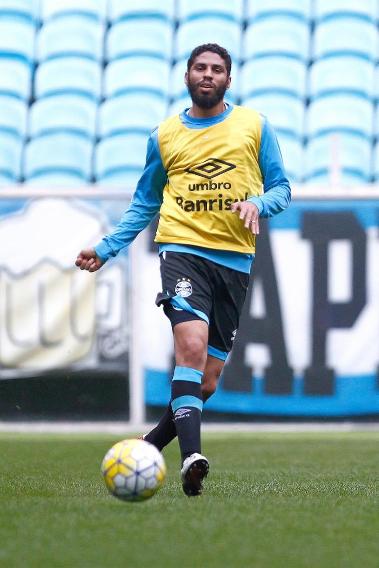 Após seis anos longe do Leão, Wallace, de 29 anos, chega para botar ordem na defesa - Foto: Lucas Uebel l Grêmio FBPA