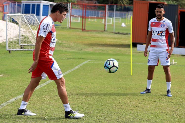 O volante Edson voltou a treinar nesta quarta, assim como o zagueiro Jackson - Foto: Felipe Oliveira l EC Bahia