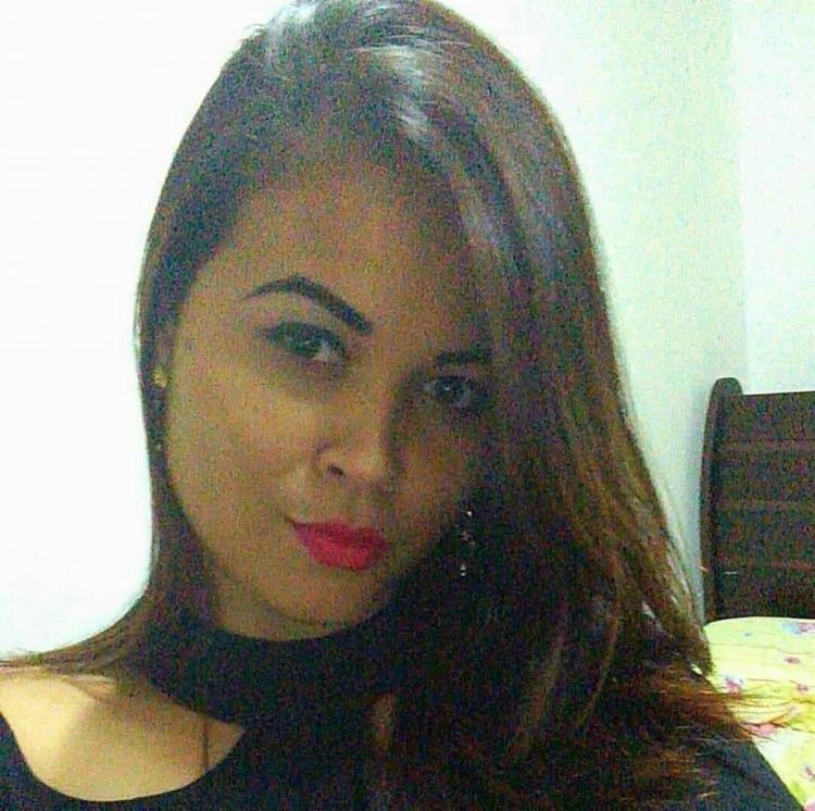 Jéssica Avelino Moraes chegou a ser socorrida para o posto médico, mas não resistiu - Foto: Reprodução | Facebook