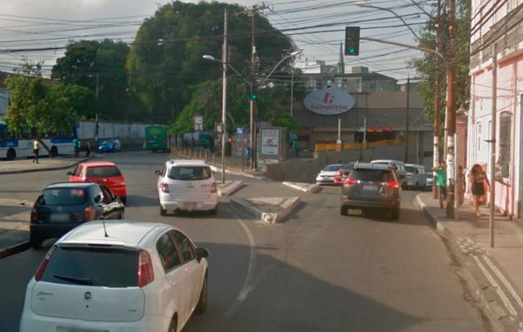 Jovem se refugiou em supermercado após ser esfaqueado - Foto: Reprodução | Google Maps