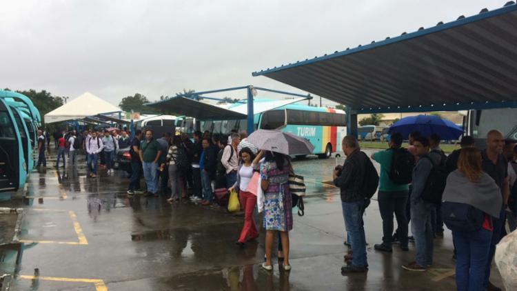 Por conta dos protestos, a estação de transbordo do polo foi bloqueada - Foto: Divulgação | Sindiquímica