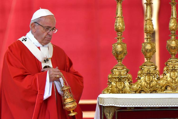 Os novos cardeais juraram fidelidade a Francisco e a seus sucessores - Foto: Alberto Pizzoli   AFP