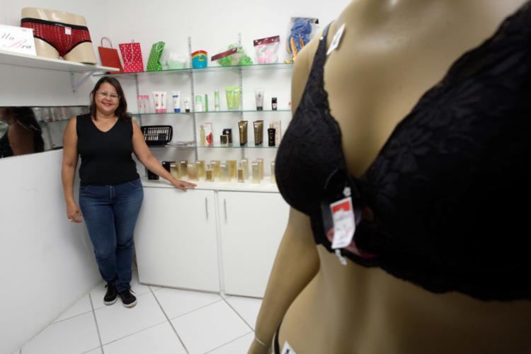 Marise anuncia promoção para alavancar as vendas no Sensual Shop - Foto: Mila Cordeiro | Ag. A TARDE