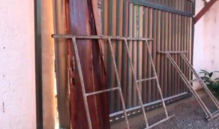 Crime ocorreu uma mansão no Porto das Dunas, em Aquiraz - Foto: Reprodução | TV Verdes Mares
