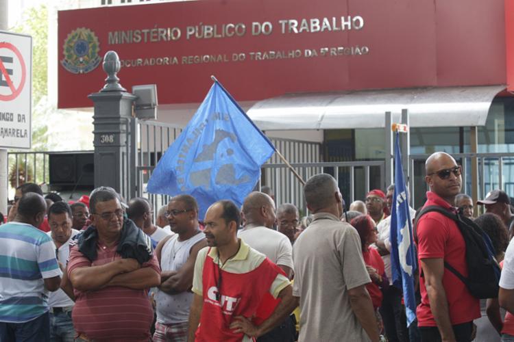 Categoria está com as atividades paradas em todo o estado da Bahia desde o dia 24 de maio - Foto: Xando Pereira | Ag. A TARDE