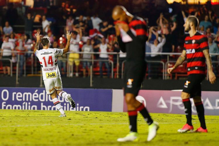 Pratto marcou o gol que selou o triunfo do Tricolor Paulista - Foto: Marcos Bezerra l Futura Press l Estadão Conteúdo