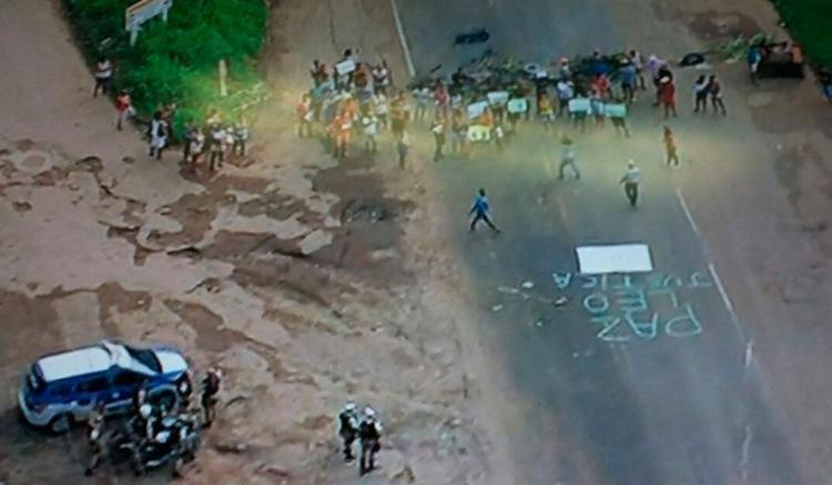 Manifestantes pedem paz e justiça por morte de jovem - Foto: Reprodução   Google Maps