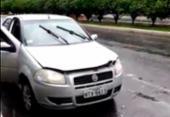 Carro roubado é abandonado no Itaigara após colisão | Foto: