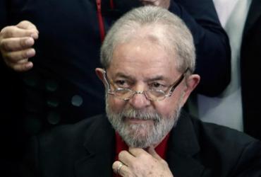 'Moro sabe que eu não sou dono do sítio de Atibaia', diz Lula em entrevista
