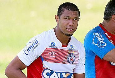 Jorginho confirma Allione e Éder e espera Rodrigão até a hora do jogo