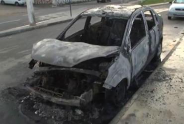 Segundo carro é incendiado próximo a quartel em Amaralina