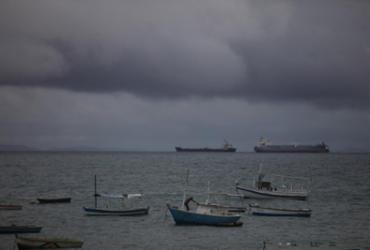 Maré baixa gera mudança nos horários da travessia Salvador-Mar Grande