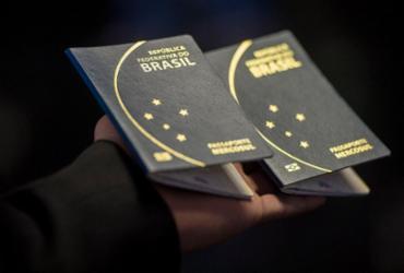 PF diz que 175 mil pedidos de passaporte ficaram 'represados'