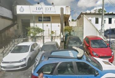 Bandidos abandonam objetos roubados logo após crime em churrascaria