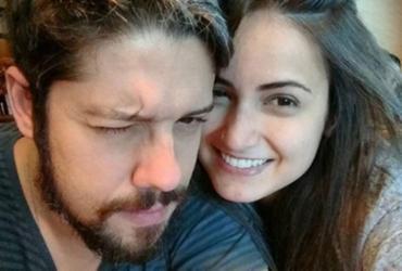 Fãs acreditam que jornalista Phelipe Siani assumiu namoro com Mari Palma