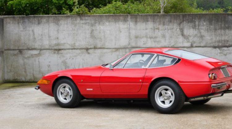 Ferrari 365 GTB/4 Daytona, de 1972 - Foto: Divulgação/Silverstone Auctions