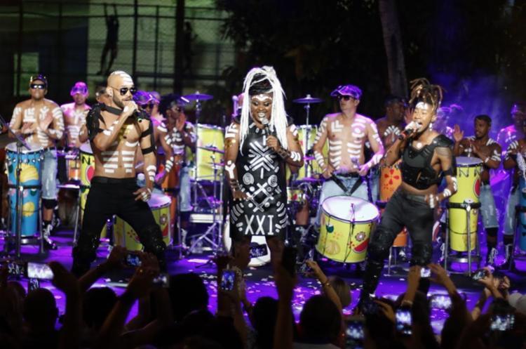 Buja Ferreira, Paula Sanffer e Rafa Chagas são os novos vocalistas da Timbalada - Foto: Fred Pontes | Divulgação